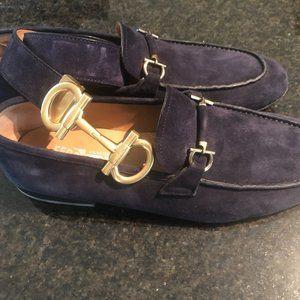 Mens Suede Ferragamo loafers w/ matching belt